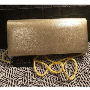 Bags - NWT 🔥 SHIMMER PARTY PURSE!